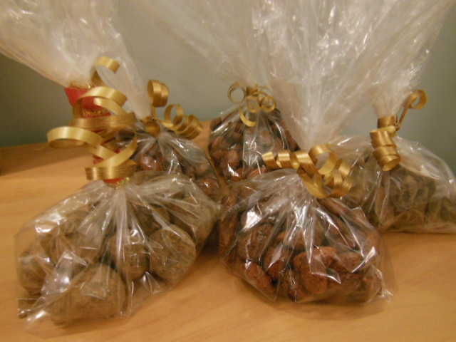 bags of drunken chocolate-coated figs