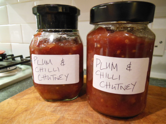Plum and chilli chutney